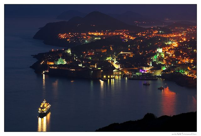 dubrovnik_at_night_by_miki3d-640×480.jpg